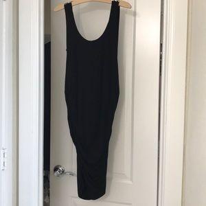 Isabella Oliver black maternity dress size 3